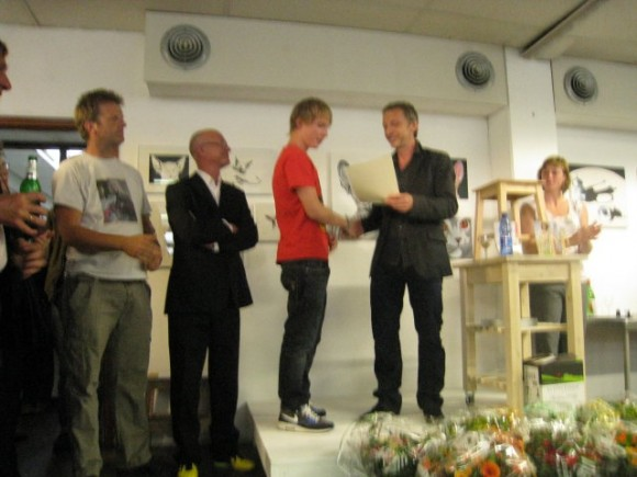 Wackers Young 2011 uitreiking Wackers Young Award door Sam Drukker aan Sal Jonkman