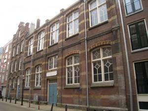 Ateliercomplex VAUS. Portretschool Amsterdam op de eerste etage. Docent en portretschilder Liesbeth van Keulen, Portretschool Amsterdam